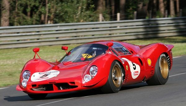 1966-Ferrari-330-P3-Sports-car