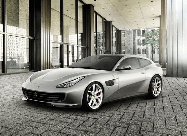 2016-Ferrari-GTC4Lusso-Sportscar