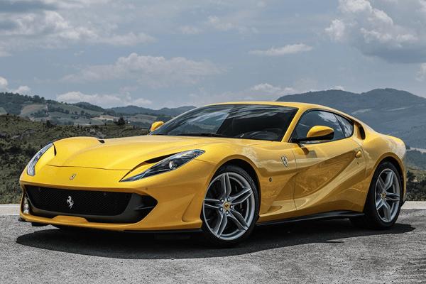 2017-Ferrari-812-Superfast-Sports-car