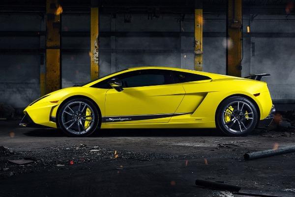 Yellow-Lamborghini-Gallardo-parked-in-a-warehouse
