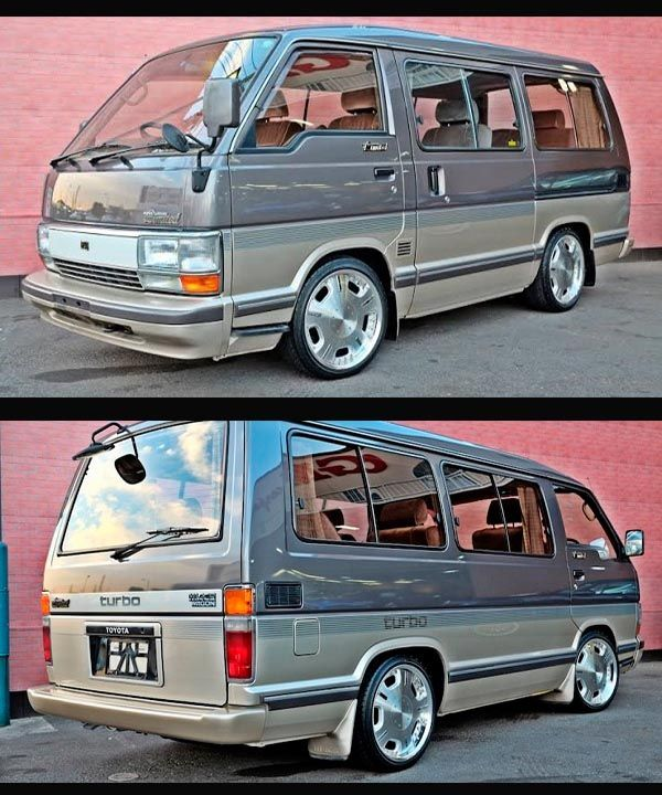 Fourth-generation-1989-Toyota-Hiace-popular-interstate-bus