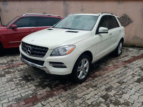 mercedes_benz_ml_350_lateral_view