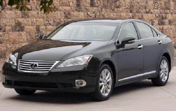 2010-Lexus-ES-350-sedan
