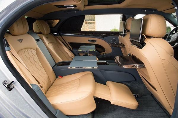 rear-seat-Bentley-Mulsanne