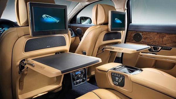 rear-seat-Jaguar-XJL-Supercharged