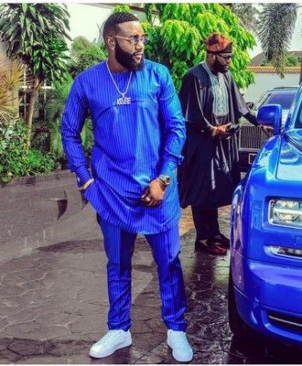 kcee-blue-rolls-royce-outfit