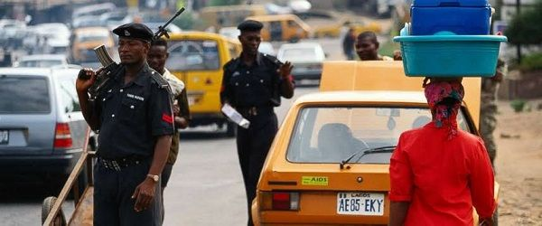 image-of-police-inspecting-car-in-nigeria
