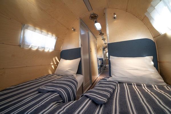 image-of-bowlus-road-chief-wave-bespoke-edition-bedroom