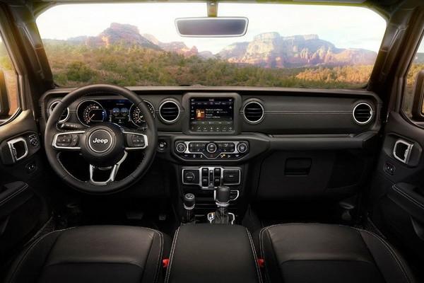 2019-jeep-wrangler-interior