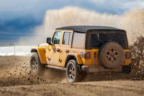 yellow-2019-jeep-wrangler