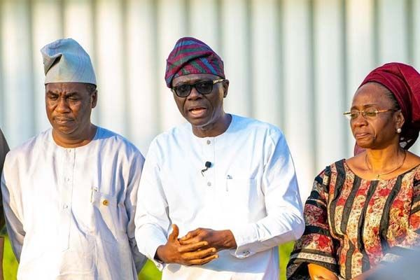 Governor-Sanwo-Olu-declares-state-of-emergency-on-Lagos-roads