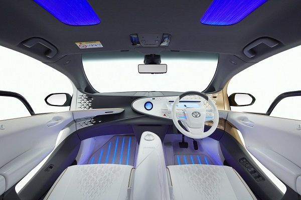 image-of-toyota-lq-concept-interior-design