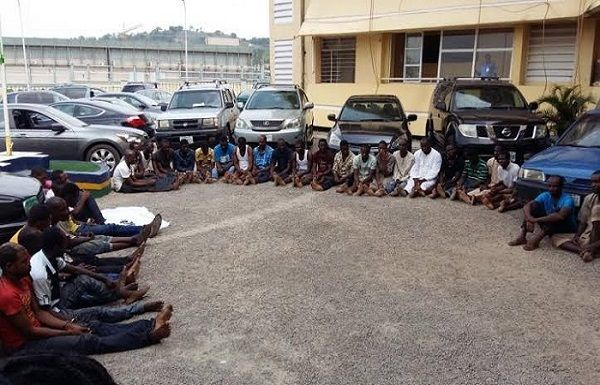 Arrested-car-thieves-in-Abuja