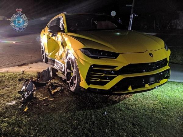 image-of-lambo-urus-crash-australia-front-view