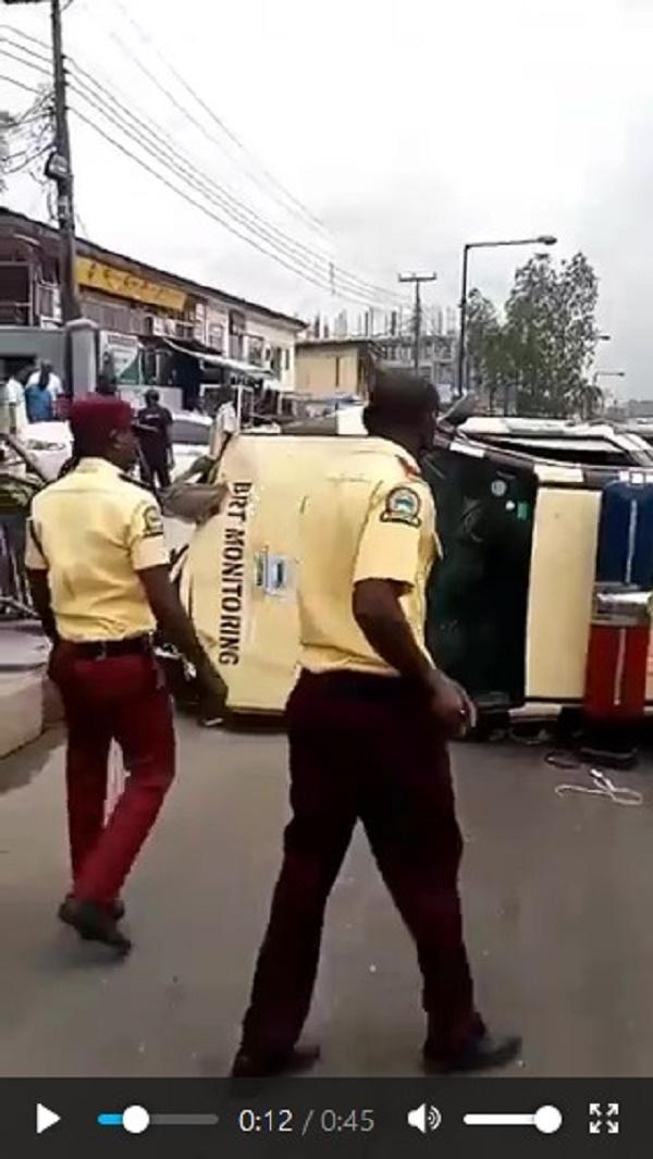 LASTMA-patrol-van-chased-a-car