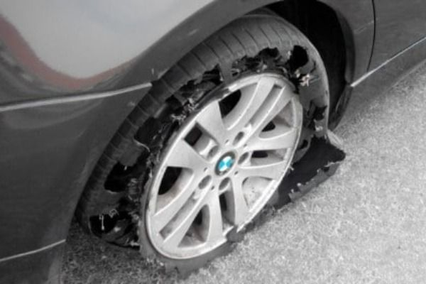 Car-tyre-bow-out-on-BMW-wheels