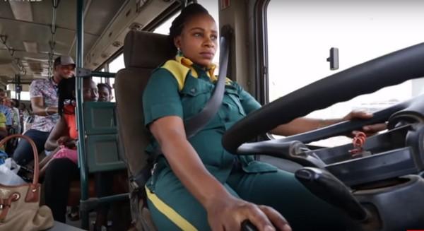 female-bus-driver-nigeria
