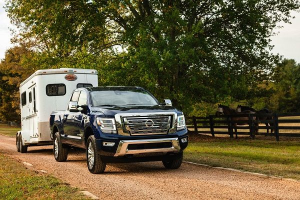 image-of-2020-nissan-titan-xd-towing-capacity