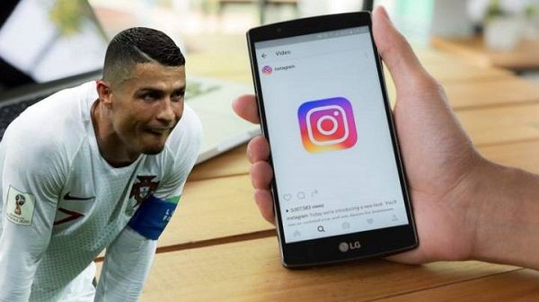 image-of-cr7-Instagram-income