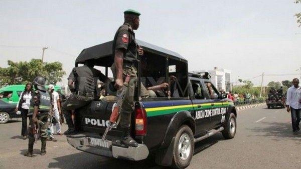 image-of-Nigerian-police-van