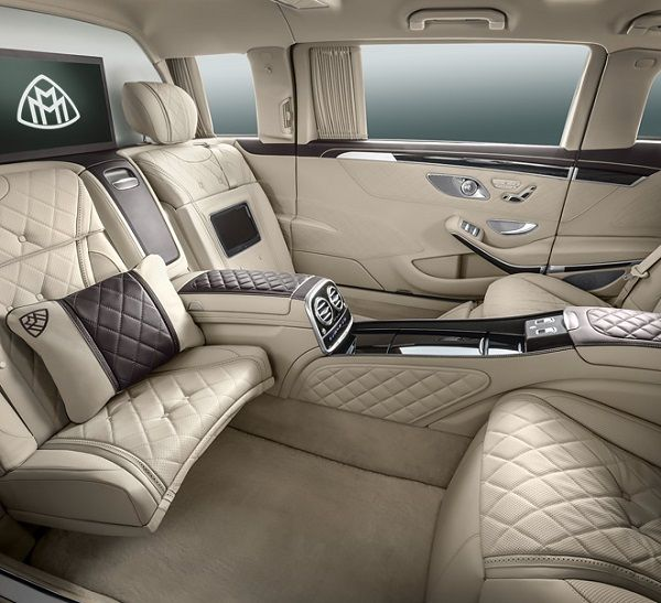 Interior-of-Mercedes-Maybach-S600-Pullman-Guard
