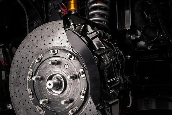 electric-Drako-GTE-wheel-base