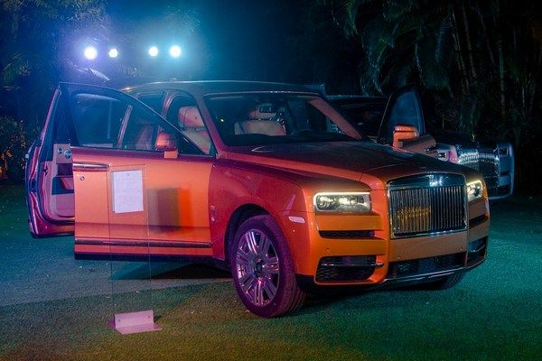Rolls-Royce-Cullinan-angular-front