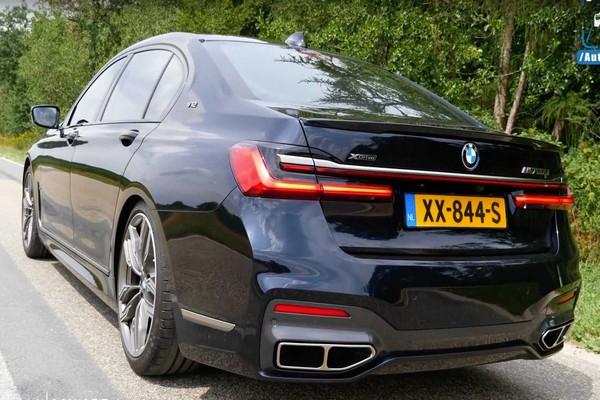 2020-BMW-M760MLI