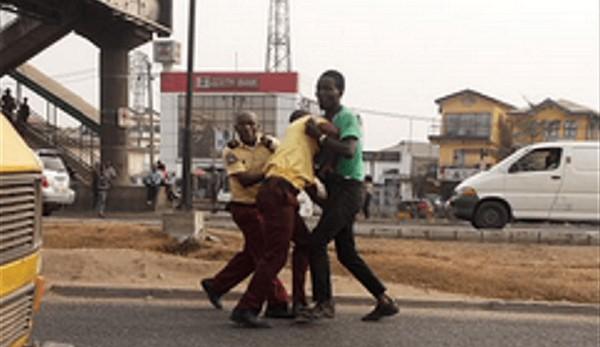 lastma-officer-beaten-up