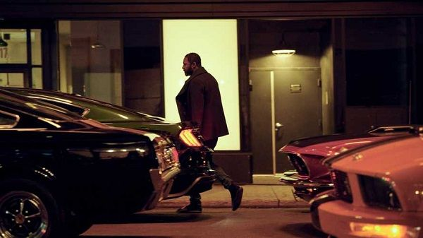 Idris-Elba-and-cars