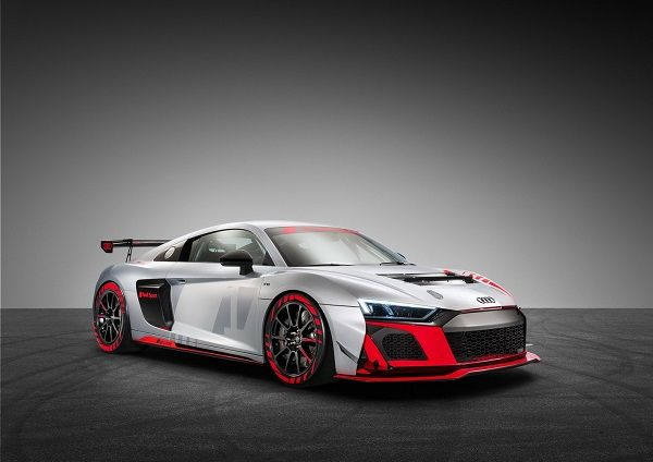 image-of-2020-audi-r8-lms-gt4-side-view