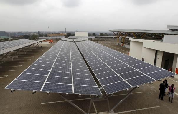 solar-panel-roof