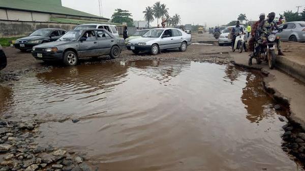 bad-road-in-nigeria