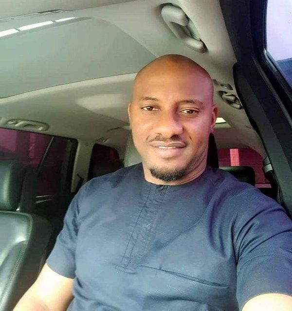 yul-edochie-taking-a-selfie-in-his-car