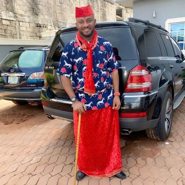 Yul-Edochie-with-his-Mercedes-Benz-GL450