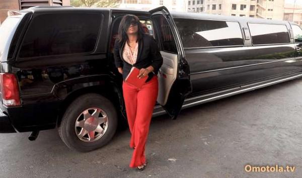 omotola-jalade-ekeinde-limousine