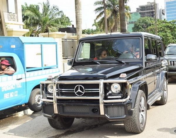 Genevieve-Nnaji-drives-mercedes-Benz-G-wagon