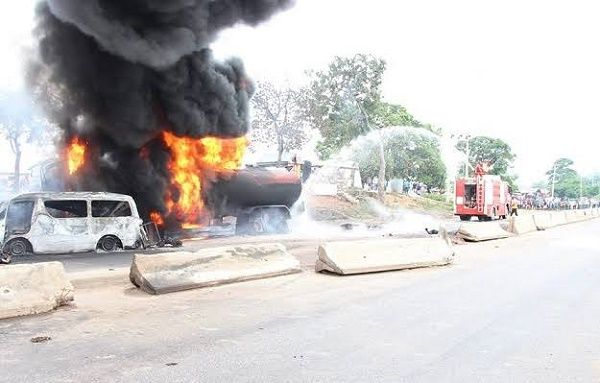 tanker-burning-on-abuja-lokoja-highway