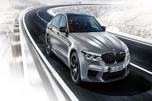 BMW-M5-front-view