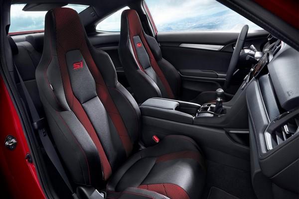 2020-Honda-civic-interior-view