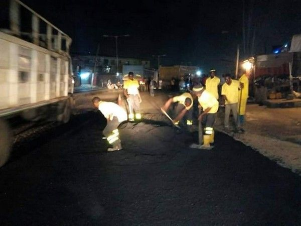 lagos-road-repair-at-night