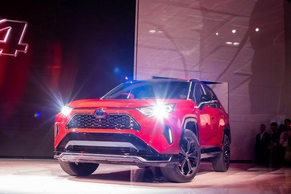 image-of-2021-toyota-rav4-prime-at-the-L.A-Auto-Show