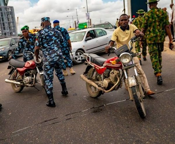 okada-rider-stopped-by-policeman