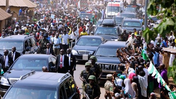 president-buhari-convoy