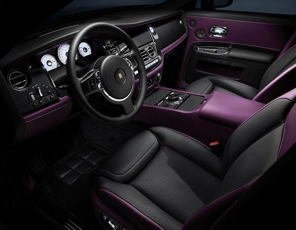 image-of-rolls-royce-black-badge-ghost-interior-design
