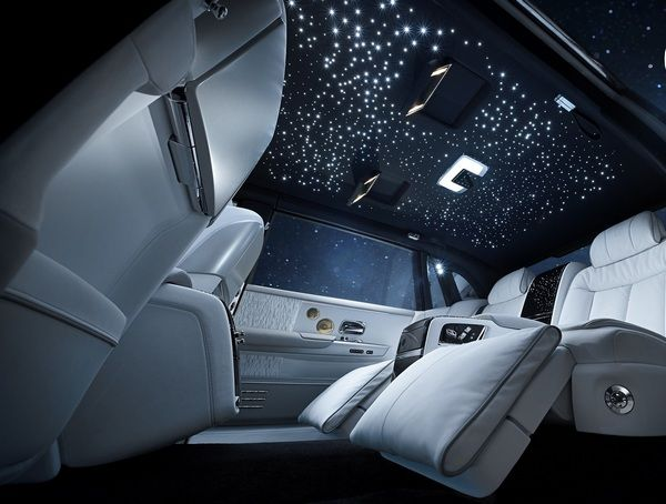 Rolls-Royce-Phantom-Roofing-with-starlight