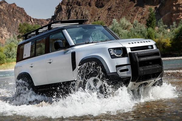 Land-Rover-Defender-110