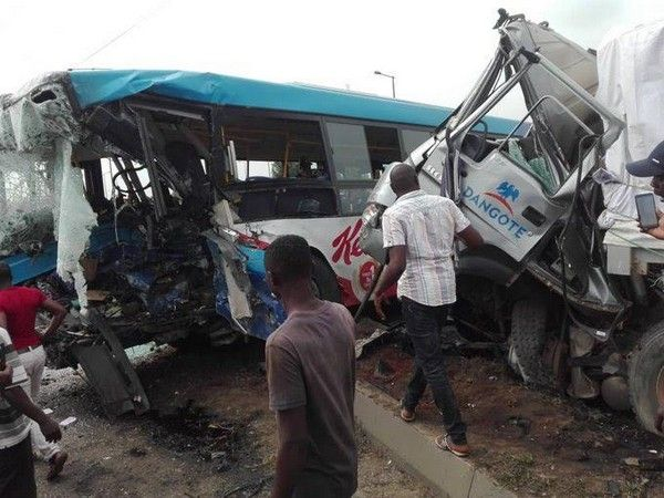 Dangote-truck-collide-with-brt-bus