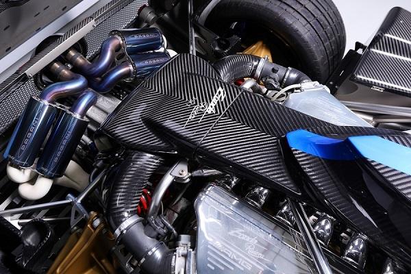 image-of-pagani-zonda-riviera-v12-engine