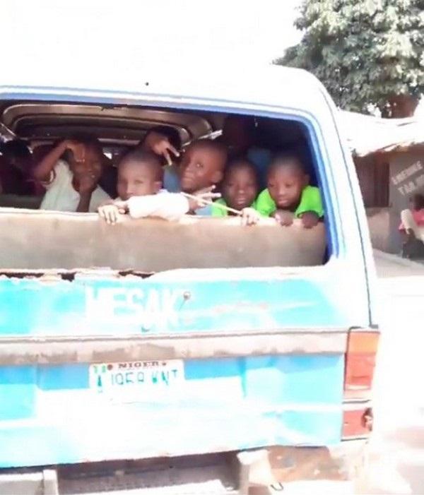 school-kids-on-a-bus